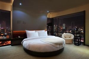 The Circular Room